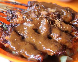 "Resep Masak Bumbu Sate Ayam Khas Madura,"" Enak Banget mak!"