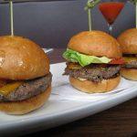 wooW! Burger Nikmat Ini Dapat Mengurangi Emisi yang Dihasilkan dari 2 Juta Mobil