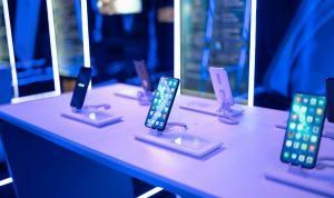 Rekomendasi Smartphone Bagus Buatan Indonesia Terbaru