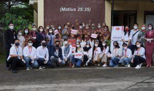 menyalurkan bantuan langsung kepada golongan lanjut usia (lansia) di Panti Kemah Bert Shalom, Gang Mushola Nurul Amal Jl. Ciater Rw. Mekar Jaya Rawa Mekar Jaya, Serpong, Tangerang Selatan.