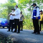 Perlancar Mobilitas Hasil Perkebunan Masyarakat, Bangun Jalan Aspal Karet