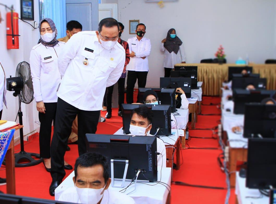 Bupati Dodi Reza Realisasikan Impian Guru Honorer di Muba Lewat Tes PPPK