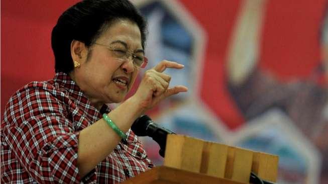 Megawati Yakin Banyak Orang Belum Mengerti Vaksin Bukan Obat