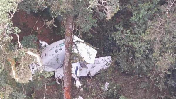 Penampakan Pesawat Rimbun Air Hancur Terhempas di Gunung Wabu Sugapa Papua