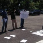Kelompok Pemuda Lakukan Aksi Demo Di Depan Kantor Bupati Lahat