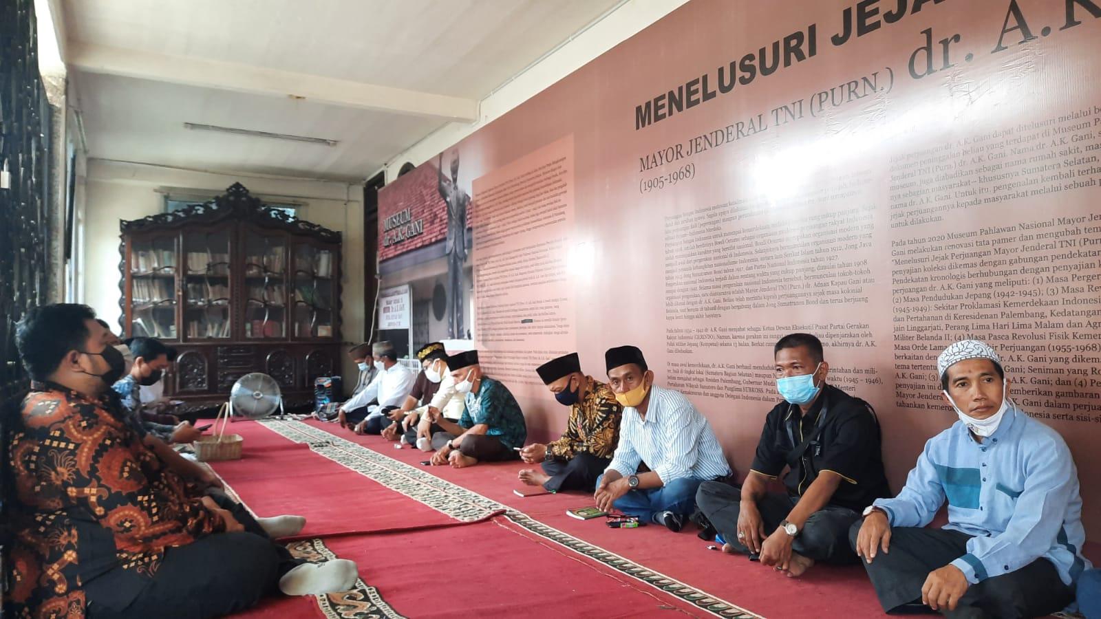 SMB IV Nilai Dr Ak Gani Sosok Berjasa, Harus Jadi Teladan Bagi Generasi Muda