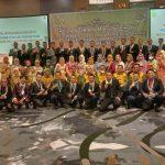 190 Mahasiswa Ilmu Pemerintahan Pascasarjana Unitas Palembang Resmi Sandang Gelar M.Si