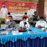 Timsus Ditresnarkoba Polda Sumsel Tangkap Dua Kurir Pembawa 3 Kg Sabu