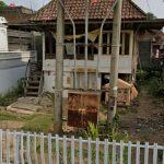 Tiang PLN Dihalaman Rumah Warga, Biaya Pemindahan 50 Jutaan